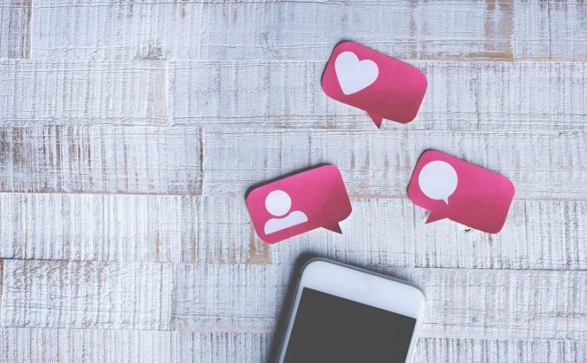 Ce mai conteaza designul frumos daca punem husa telefonului?
